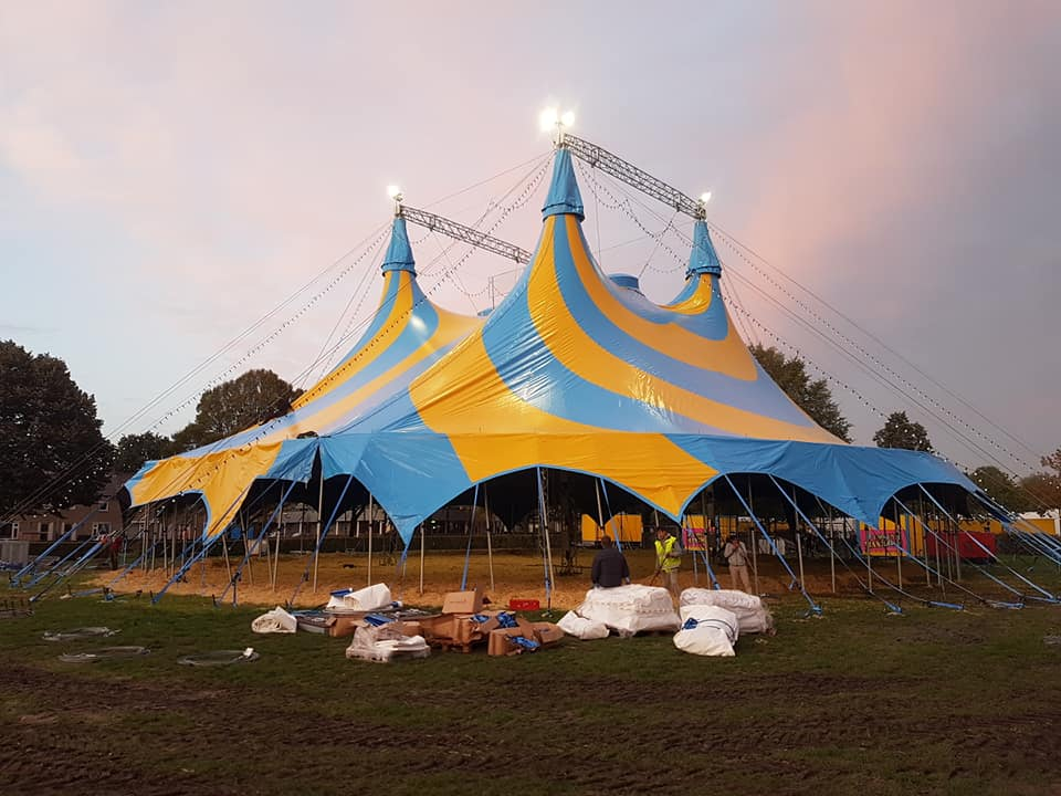 Circus Maximum nieuwe tent op Circusweb