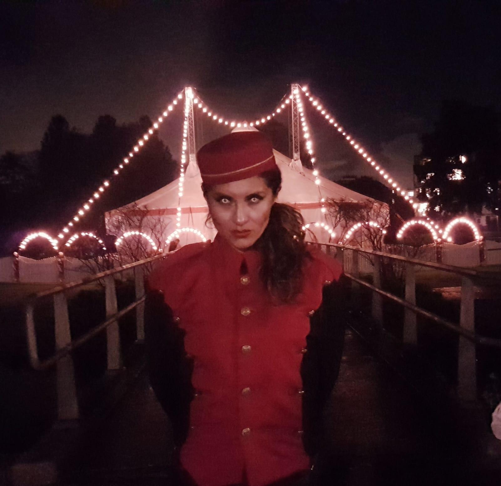 Halloween Circus El Fantasma op Circusweb